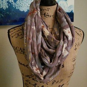 Versatile infinity scarf